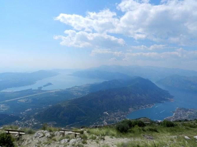 Достопримечательности Черногории: Вид на Которский залив из Ловчена
