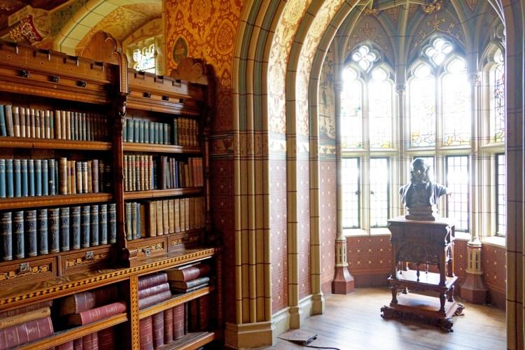 Bibliothek Cardiff Castle