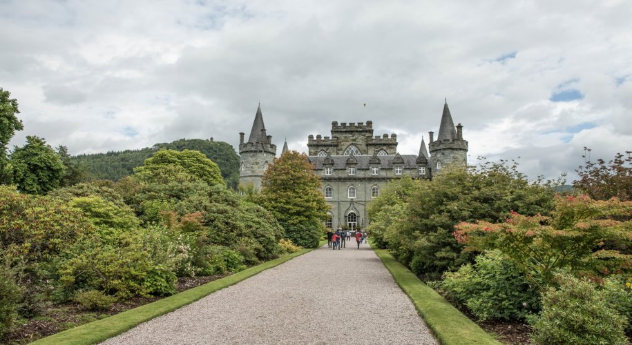 inveraray_schloss_schottland_header