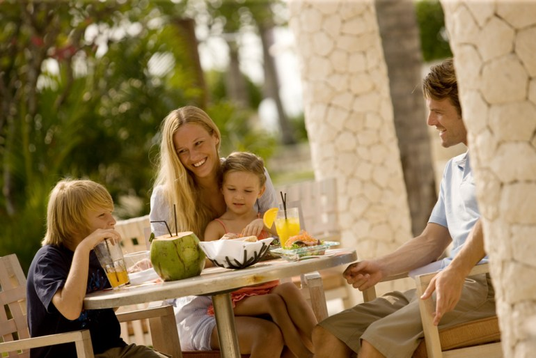 Choose a family-friendly hotel that has multiple restaurants.