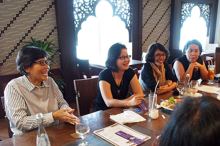 Ngobrol santai dengan Bu Ratna dari Kementrian Pariwisata