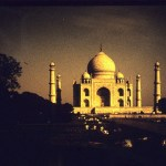 Why I hate to see Taj Mahal by moonlight