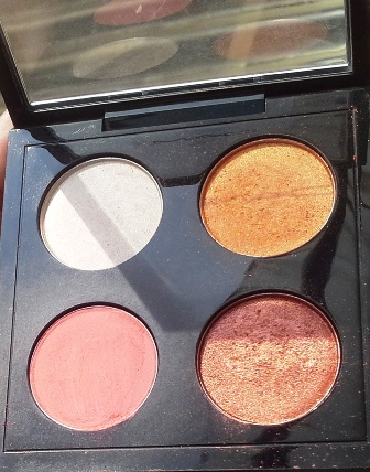 MAC Call Me Bubble eyeshadow palette