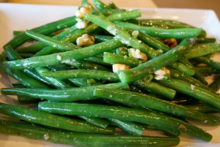 Green beans, blue cheese and candied walnuts at Morries Anytime in the Margaret River