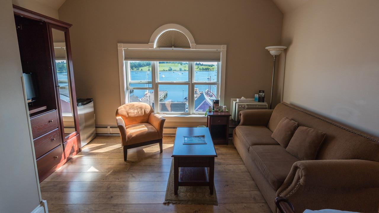 Nova Scotia Accommodation The Lunenburg Arms Hotel