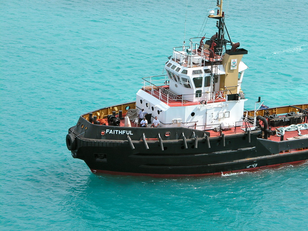 Tugboat Faithful - St George&#039;s, Bermuda - Photo