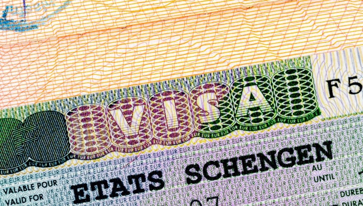 Kinh nghiệm xin Visa Schengen du lịch châu Âu tự túc