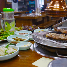 ソウルのおいしい焼肉は お母さんとお父さん優しさ で味付けされてました