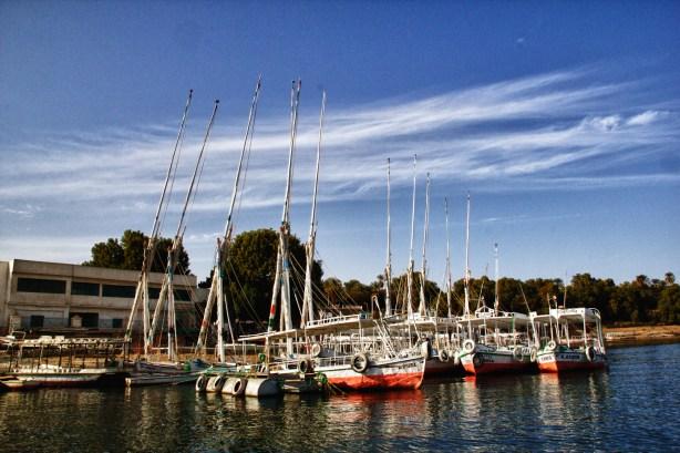 boats at harbor in aswan-2