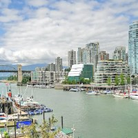 Cities on the edge of Nature - Vancouver, British Columbia