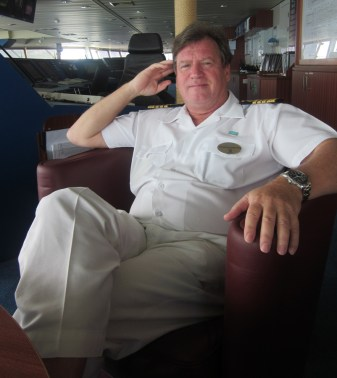 Captain-Kenneth-Harstrom-Norwegian-Star TravelXena.com