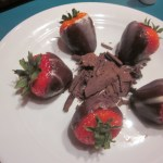 Chocolate-Covered-Strawberries-Norwegian-Star-2