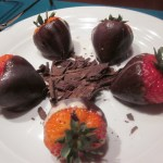 Chocolate-Covered-Strawberries-Norwegian-Star-3