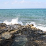 Great-Stirrup-Cay-Water-Hitting-Rocks-TravelXena-4