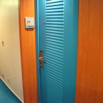 Norwegian-Jewel-10520-Turquoise-Door-TravelXena