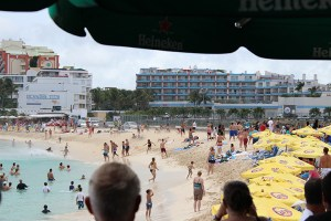 Maho-Beach-747-Take-Off-People-in-Water-TravelXena-3