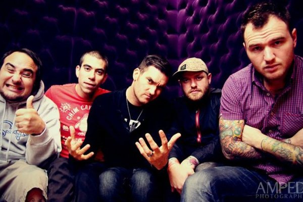 "New Found Glory New Found Glory ""Summer Fling, Don't Mean A Thing"" Music Video"
