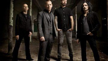 "Stone Sour Cover Metallica's ""Creeping Death"""