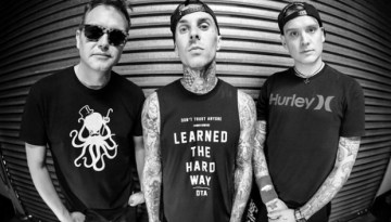 """Blink-182 Stream New Song """"No Future"""""""