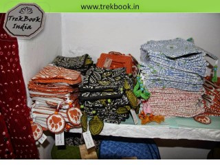 pouch  souvenir Ranthambore India price Dollar