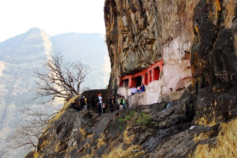 gorakhgad caves for stay