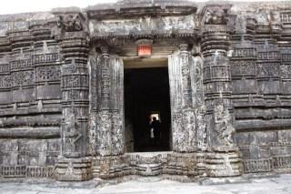 Amruteshwar Temple, original entrance