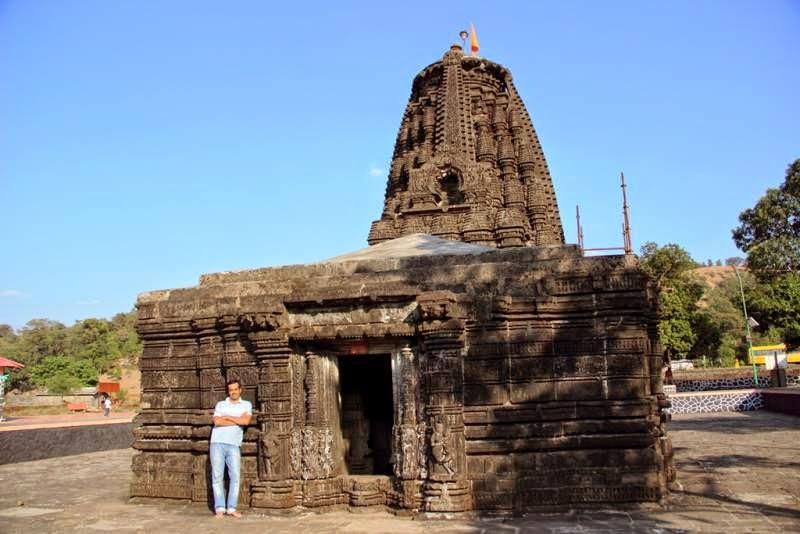 Amruteshwar Temple Ratanwadi Ahmednagar