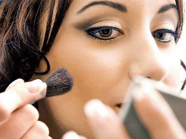 Make your Make Up Smudge Proof