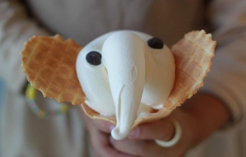 ソフトクリームがウンチに見えるしゾウさんにも見える
