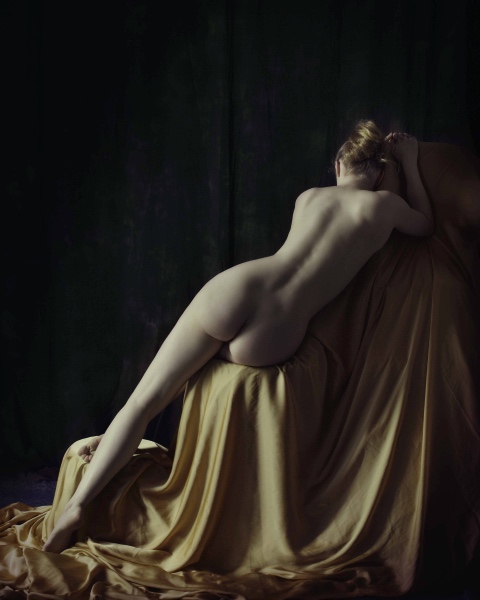 Folded Nude IV (Lulu), James Hall