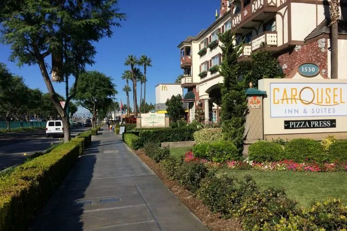 Money Saving Tips for Disneyland Off Site Hotels