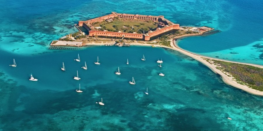 Dry-Tortugas-diving