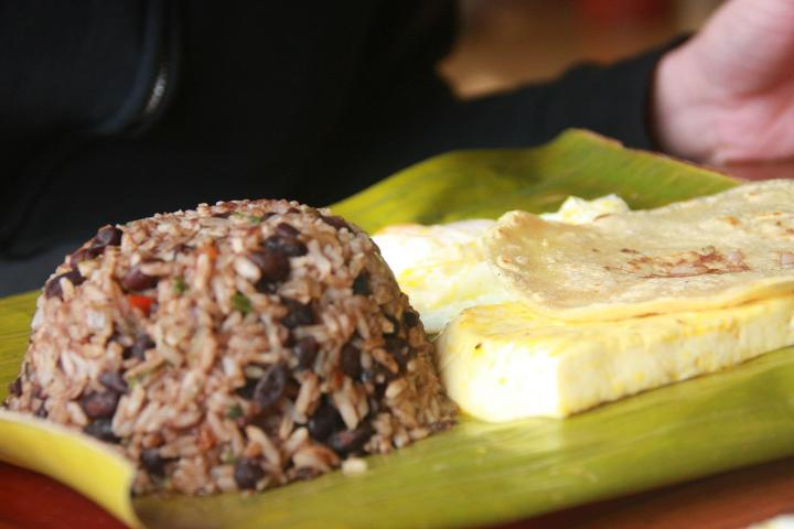 Breakfast recipes, Gallo Pinto, Costa Rica, tropics, tropicsgourmet