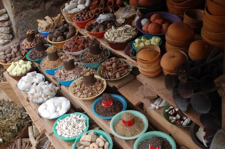 trekking, spices, spice islands, zanzibar