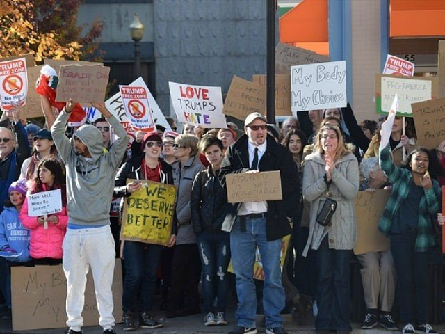trump-protesters-after-election-getty-640x480