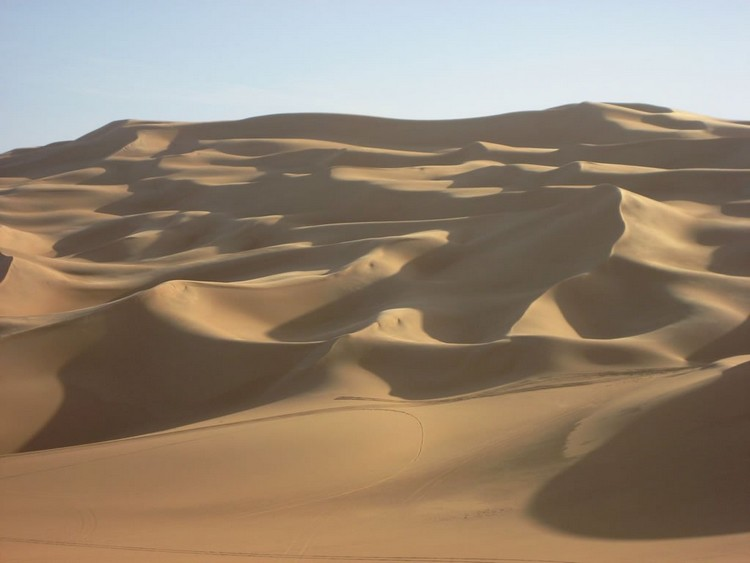 El azizia lybie désert chaleur extrême température chaude sable tempête