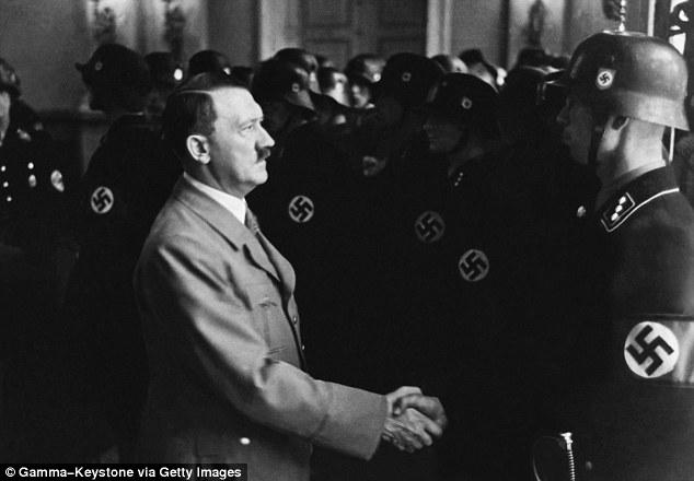 1414458977343_wps_12_GERMANY_APRIL_20_Hitler_C
