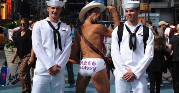 Navy Requires All Sailors To Undergo Transgender Education By July 2017
