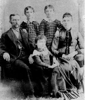 Clockwise from left: Dr. Thomas Joshua Frost, twin daughters Maud and Margaret (Maggie), wife Virginia White Frost, and daughter Myrtle Frost.