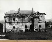 castelul dupa incendiu 1920
