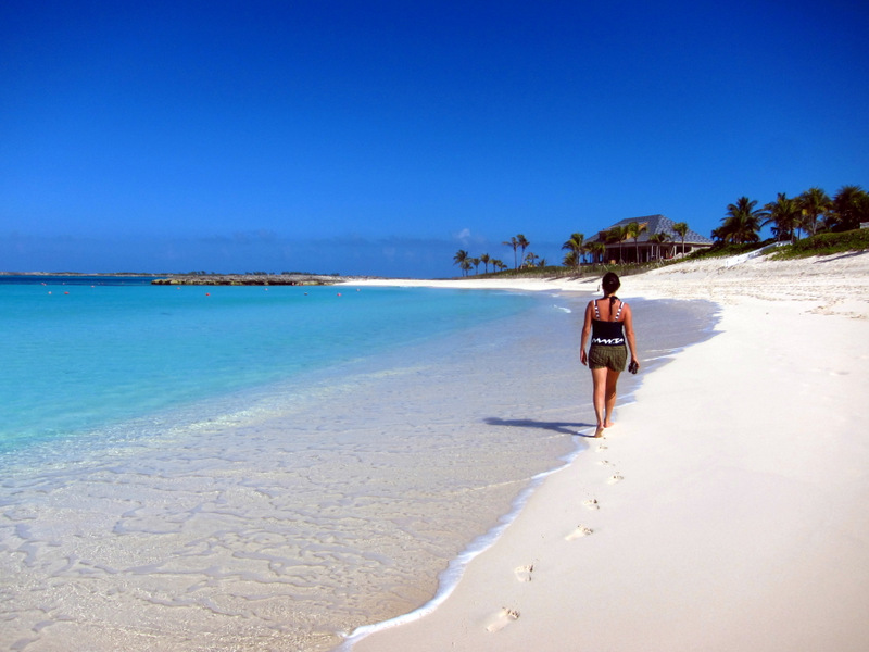 Walking Cabbage Beach, Paradise Island