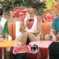 【放送事故画像】テレビ見てたら思わず目を細めて凝視してしまうスカートの中ww