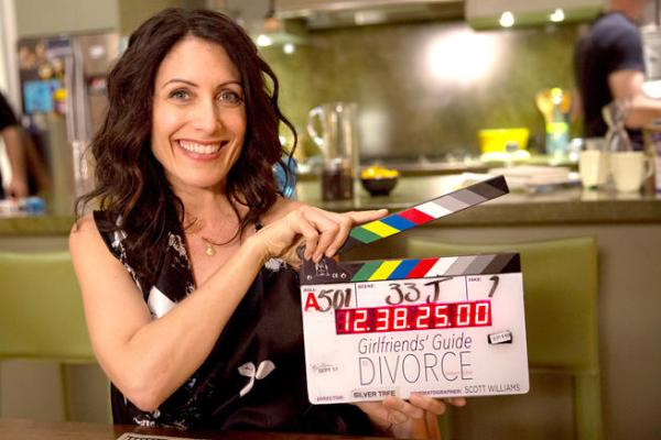 Lisa Edelstein Girlfriend's Guide to Divorce