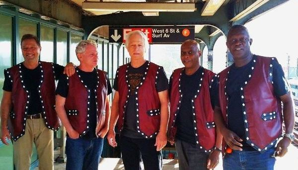 Warriors actors reunion on NYC subway