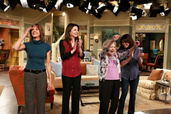 Hot in Cleveland LIVE