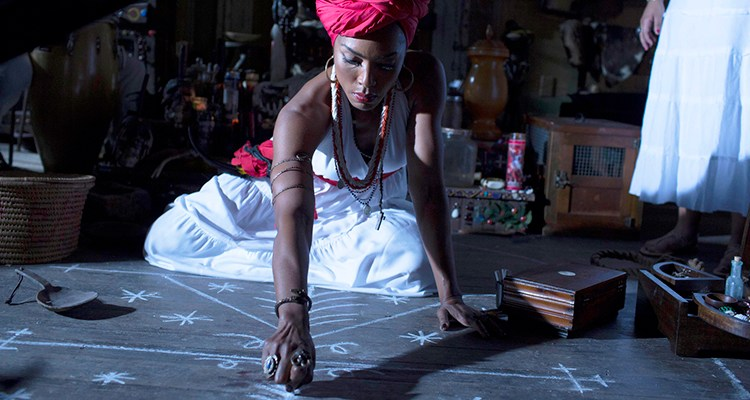 AMERICAN HORROR STORY: COVEN Fearful Pranks Ensue - Episode 304 (Airs Wednesday, October 30, 10:00 PM e/p) --Pictured: Angela Bassett as Marie Laveau -- CR. Michele K. Short/FX