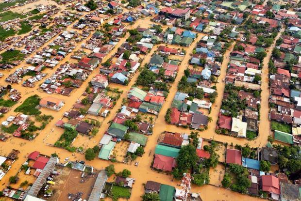 manila-flooding-typhoon-ketsana