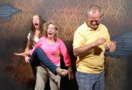 21 Hilarious Pics of Terrified People at Nightmares Fear Factory