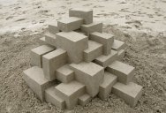 If Frank Gehry Made Sand Castles (10Photos)