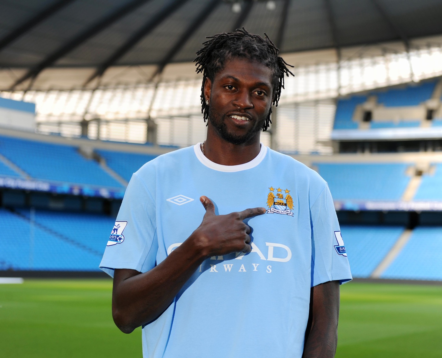 http://i2.wp.com/twoliverpoolfans.files.wordpress.com/2011/04/adebayor.jpg